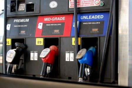 Gas Prices Fall 2 Cents in PA
