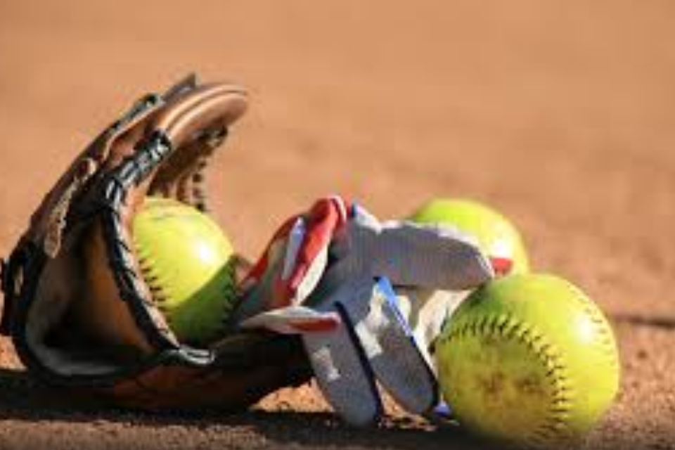 Lady Bison Rally in Seventh To Nip Lady Tide 5-4