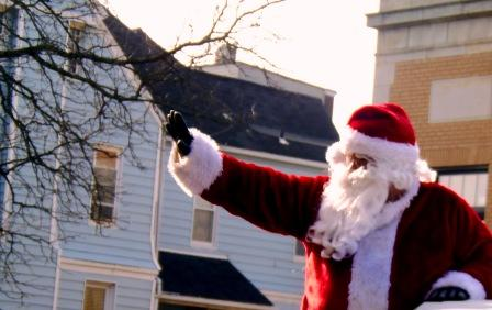 Santa Coming Back to Town on Dec. 2