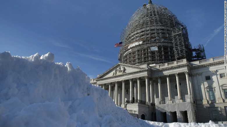 Washington, DC Snow Forecast: How Much Snow Will Potential Blizzard Bring?