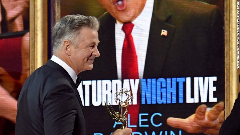 Alec Baldwin scores Emmy gold for roasting Trump on 'SNL'
