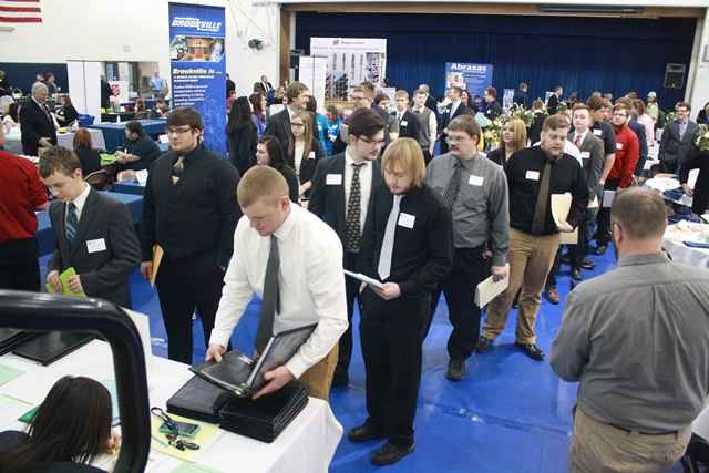 Job Seekers Invited to Penn State DuBois Career Fair