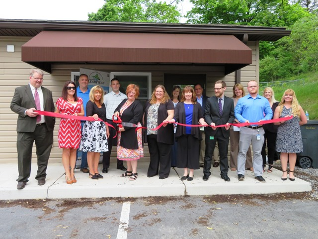 Cen-Clear Holds Ribbon-cutting at Mental Health, Drug and Alcohol Office in Coalport